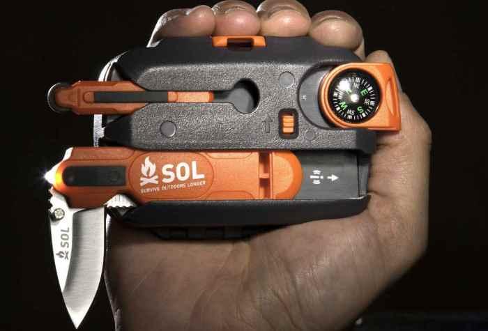 Универсальный походный набор SOL Origin Survival Tool.