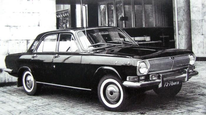 Автомобиль сопровождения ГАЗ-24-25 с 195-сильным мотором.