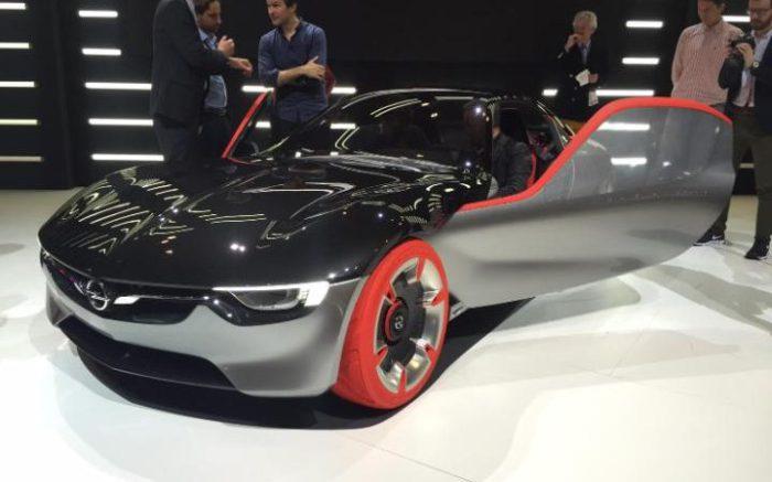 Автомобиль Vauxhall GT Concept.