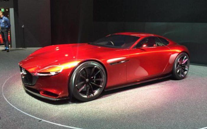 Автомобиль Mazda RX Vision.