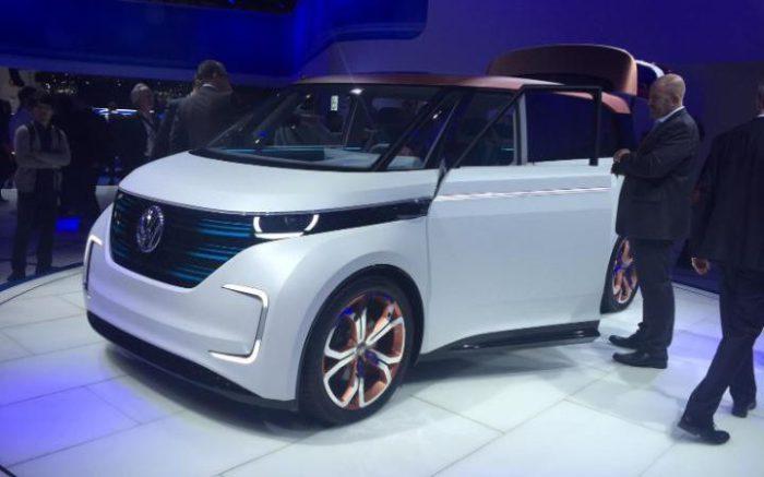 Автомобиль VW Budd-E.