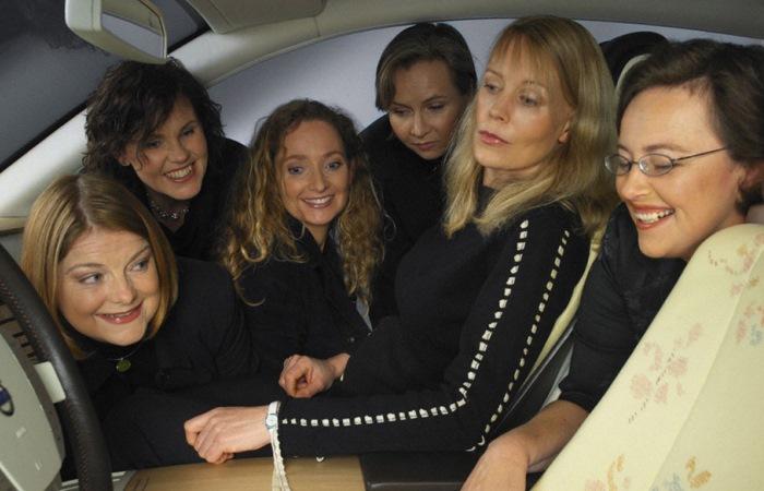 Автомобиль для женщин, созданный женщинами.