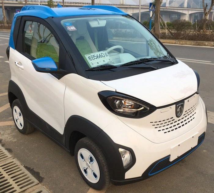 Baojun E100.