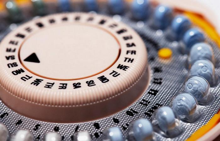Гормоны и противозачаточные таблетки.