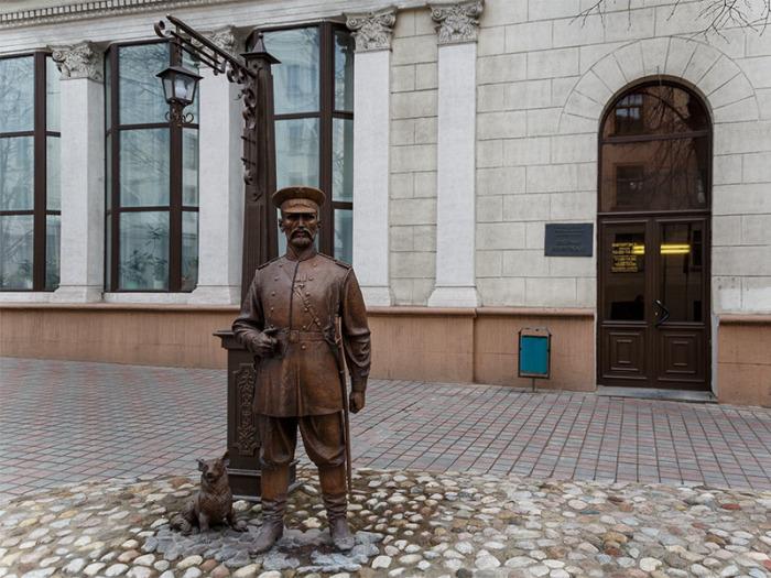 Памятник городовому в Минске, Беларусь. |Фото: newsbel.by.