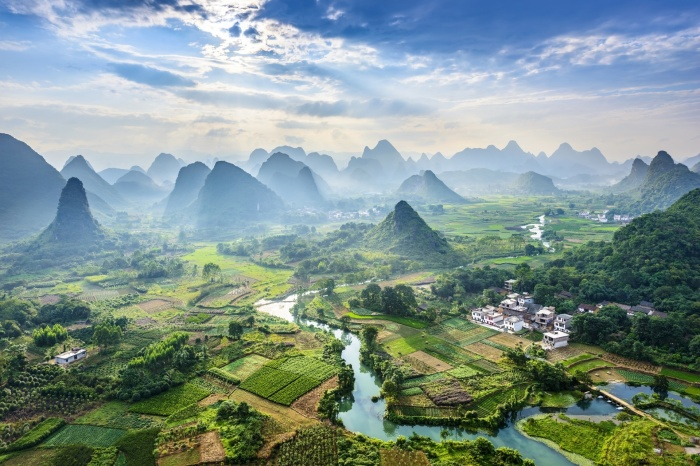 Китай - страна контрастов. |Фото: goodfon.ru.