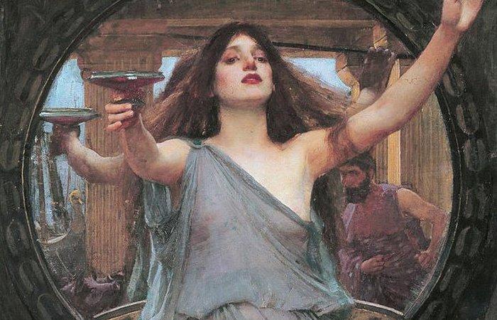 Живая богиня Афина.
