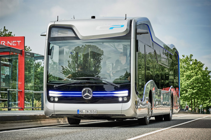 Концептуальный автобус Mercedes-Benz Future bus.