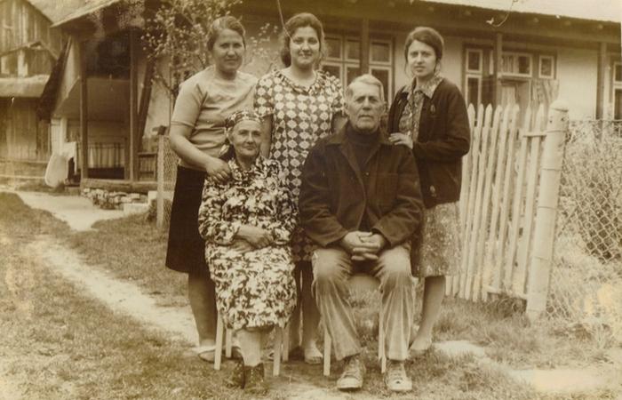 Генератор счастья: старые фотографии.