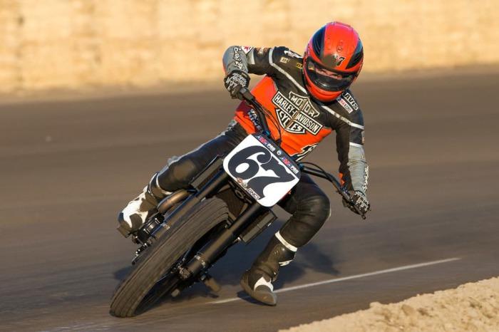 Гоночный флэт-трекер от легендарного бренда Harley-Davidson.