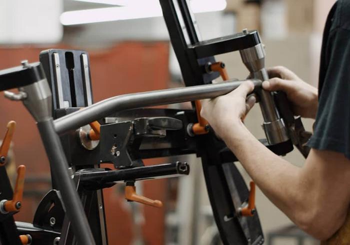 Каждый велосипед соберут руками.
