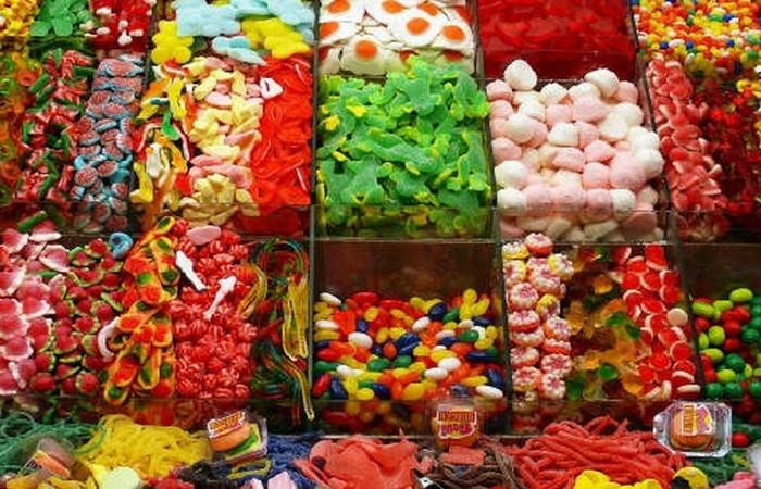 Фаст-фуд: $ 23 млрд в год на конфеты.