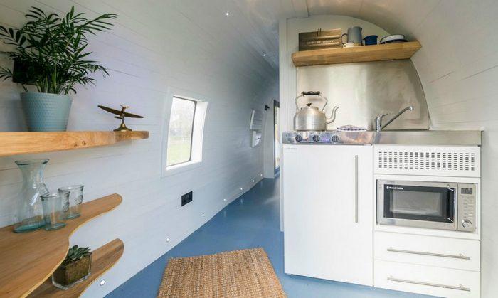 Кухня вертолета ZA127 Sea King.