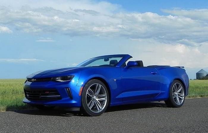 Chevrolet Camaro Convertible - американский масл-кар.