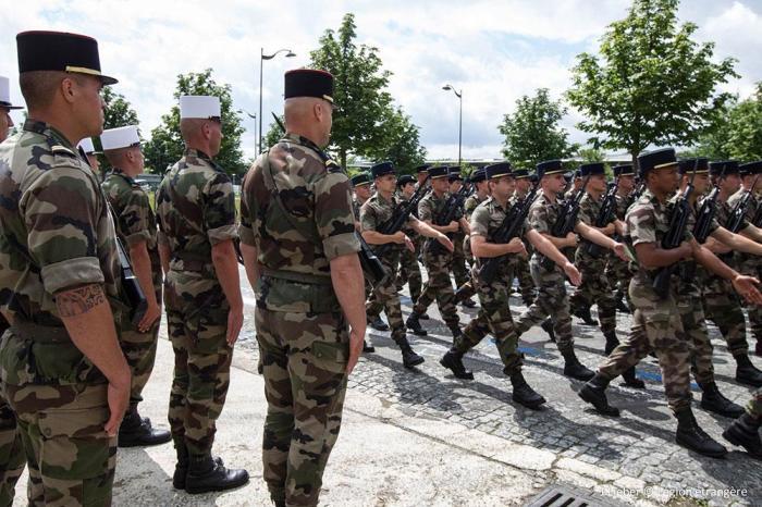 Французский иностранный легион тоже занимается строевой подготовкой. |Фото: legion-etrangere.com.