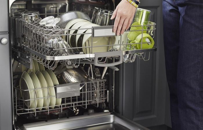 Это важно: правильная загружать посудомоечную машину.