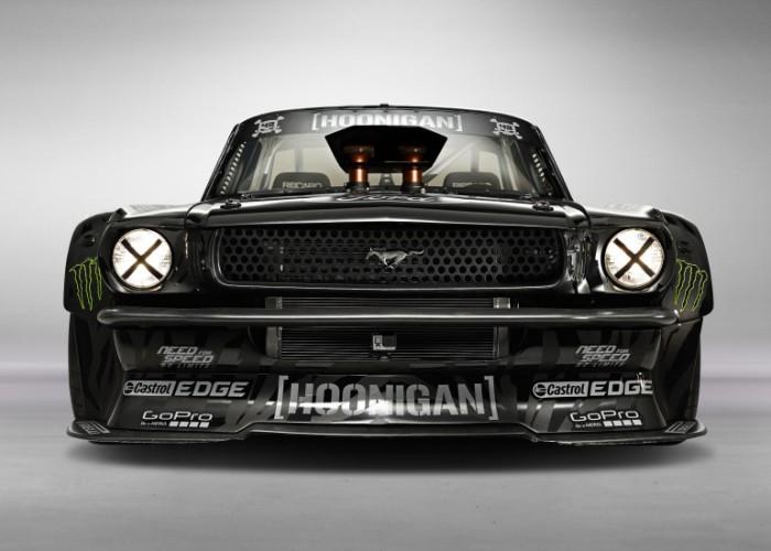 Ford Mustang Hoonicorn - автомобиль с движком истребителя.