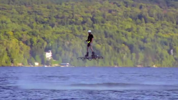 Канадский ховерборд-рекордсмен.
