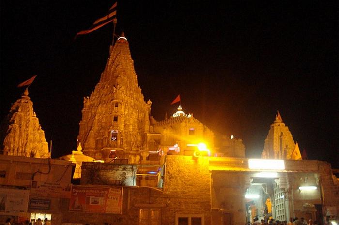 Храм Дваракадиши.