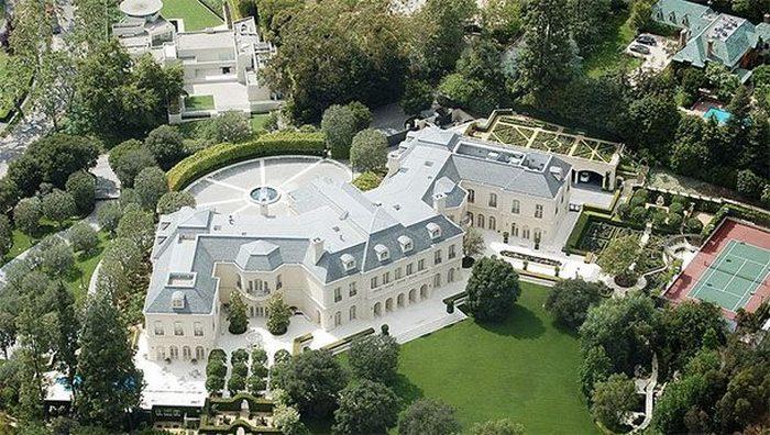 Частное владение «Manor».