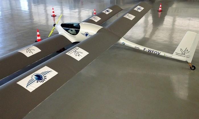 Нybrid - самолёт на биотопливе.