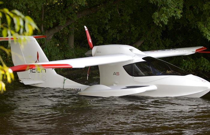 Самолёт-амфибия для безопасных полётов.