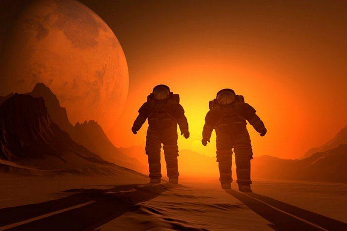 Шаг в  обретение бессмертия: космические путешествия.