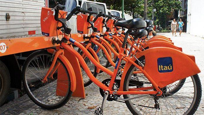 Не до конца понятен: механизм стабилизации велосипеда.