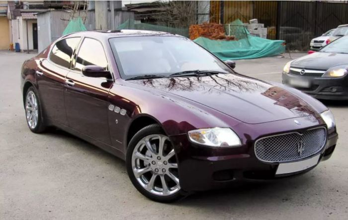 Итальянца Maserati Quattroporte берут сердцем.