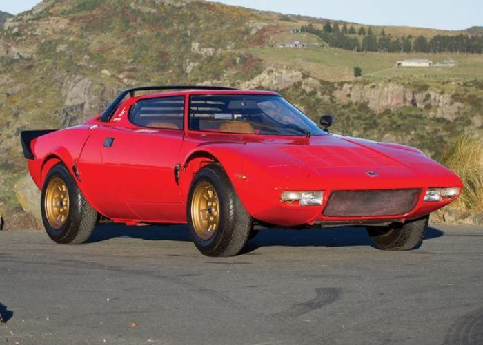Легенда гоночного трека Lancia Stratos.