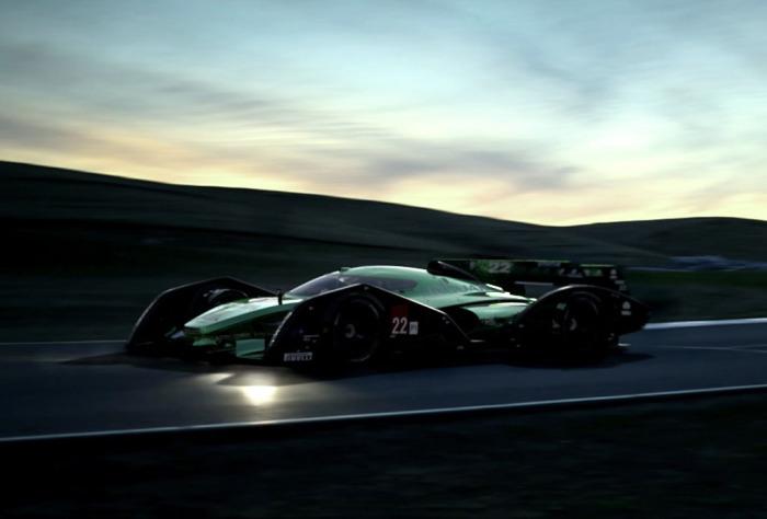Гоночный болид Jaguar: выходя на новые рубежи.