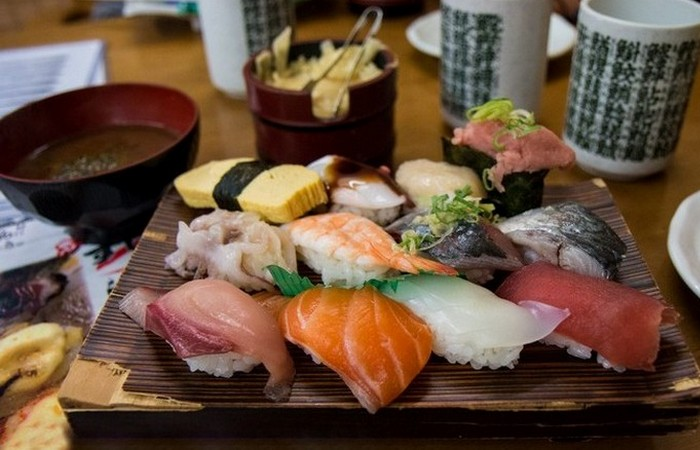 Японский ресторан - это вкусно и забавно.