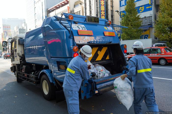 Профессия мусорщика здесь вполне престижна.