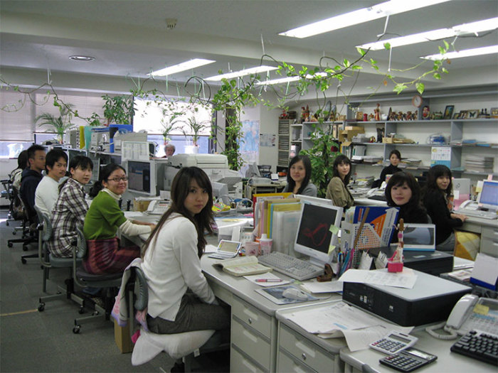 Требуют носить линзы. |Фото: zib.com.ua.