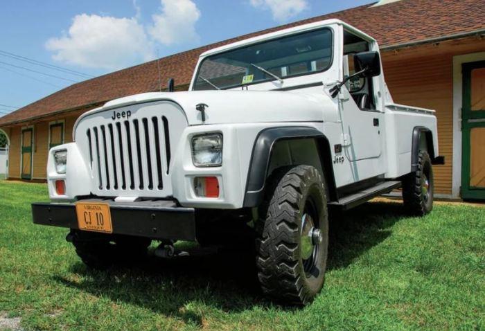 Интересный образец Jeep CJ-10.