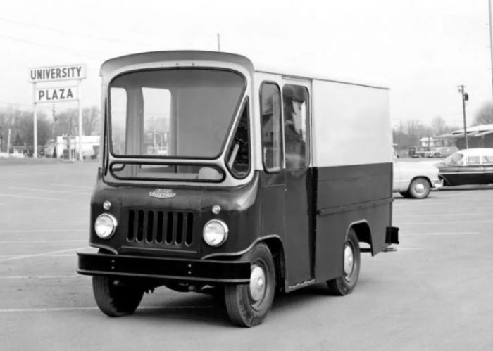 Фургон  Jeep FJ Fleetvan для почты.