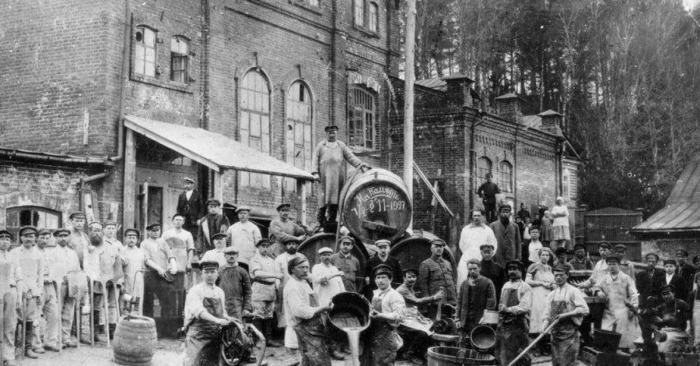 После Революции завод национализировали.  Фото: news.myseldon.com.