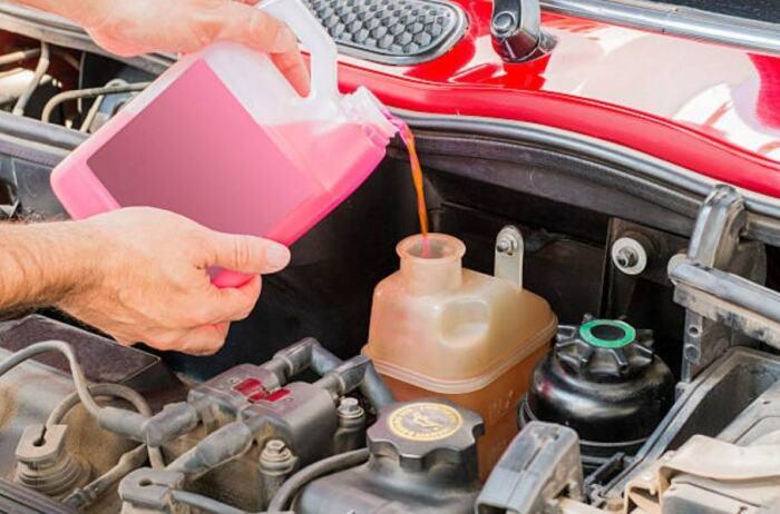 Как часто нужно менять антифриз в автомобиле, чтобы не нарваться на ремонт двигателя