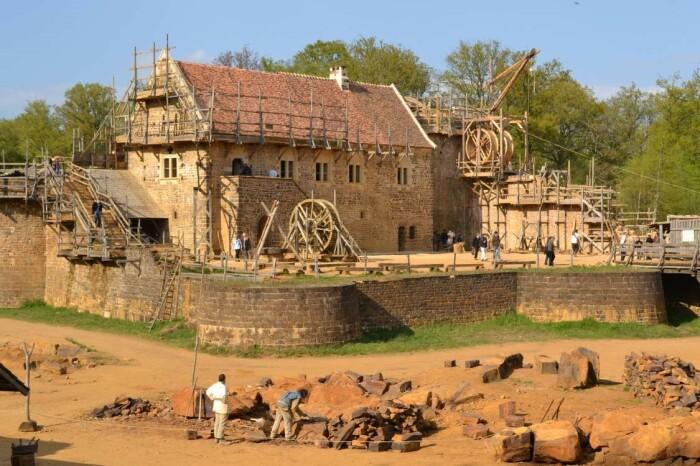 На самом деле строительство замка дело не долгое. |Фото: oko-planet.su.