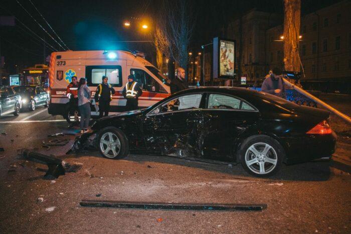 Водители дорогих авто водят агрессивнее. |Фото: ukranews.com.