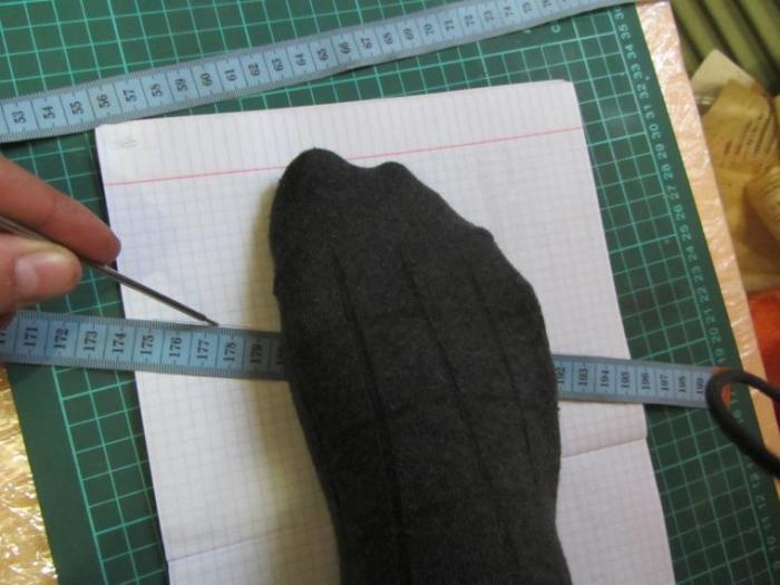 Самое главное снять размер. |Фото: razmery.info.