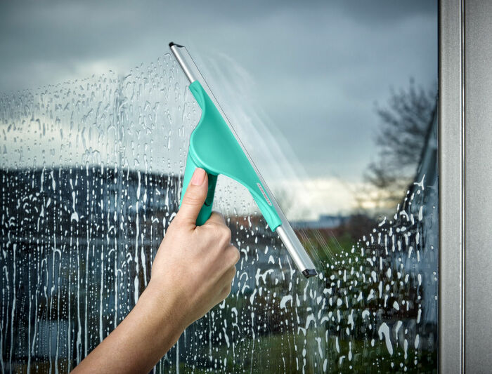 Мыть окна можно раз в год. |Фото: severdv.ru.