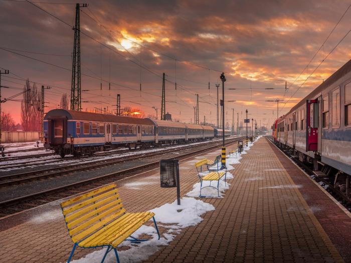 На перроне безопасно. ¦Фото: maximcar.ru.
