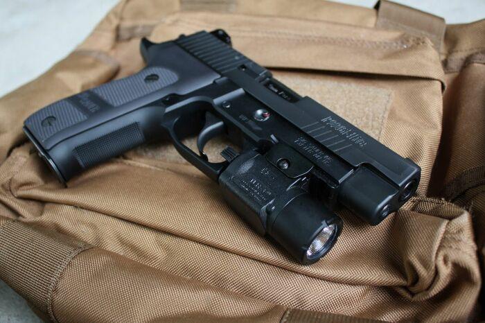 Плод сотрудничества двух оружейных школ. |Фото: pinterest.com.