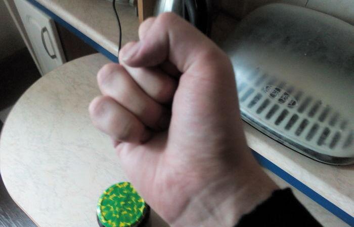 Понадобится кулак. ¦Фото: novate.ru.