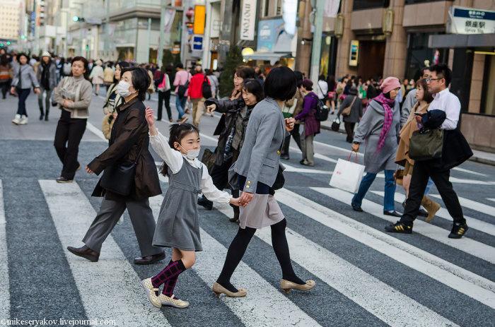 У японцев одежда более строгая. |Фото: pipec.info.