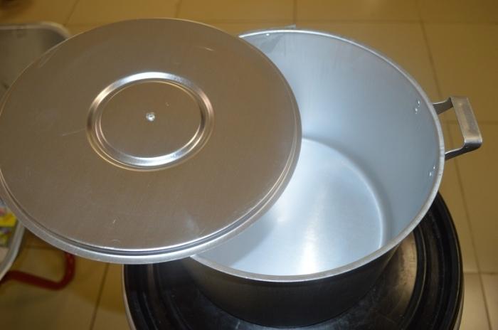 Посуда будет как новая. /Фото: youtube.com.