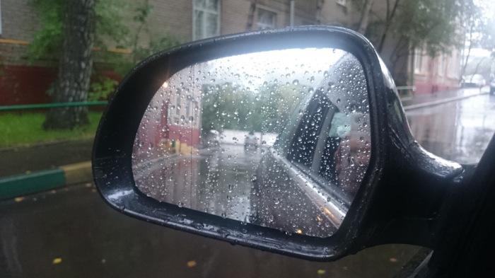 Мокрые стекла - это серьезная проблема. |Фото: drive2.ru.