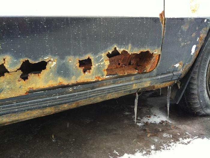 Кузов машины страдает первым. /Фото: avtootzyvy.ru.