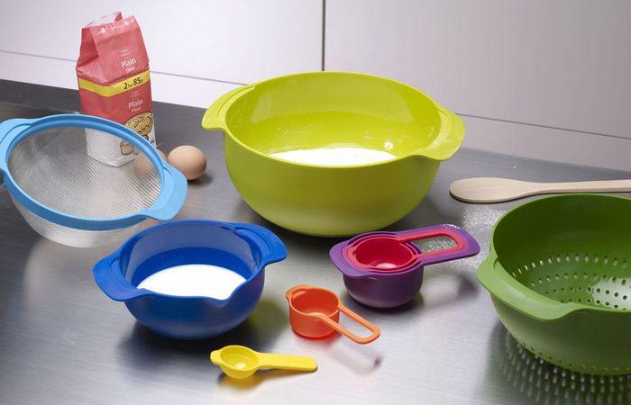 Кухонная утварь: миски.